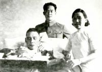 Wang Jingwei and oldest son in the hospital after attack, December 1935